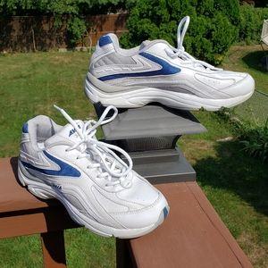 x AVIA EUC Sneakers White Blue Sz 7.5